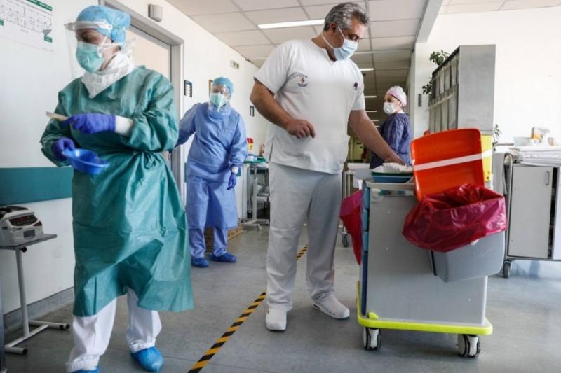νοσηλευτες